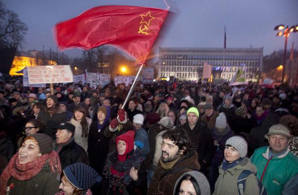 Komunizem nazaj? vir: mladina.si